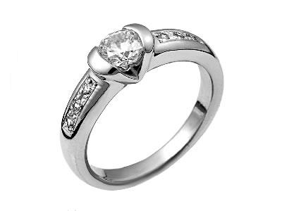 Pt900 ダイヤモンド婚約指輪 デザインNo.C2378、画像1