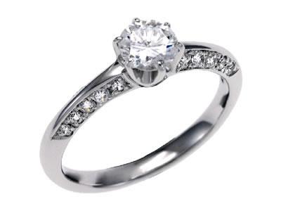 10年目の婚約指輪