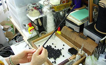念珠の製作工程 - 一連分で中通し