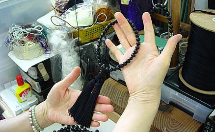 念珠の製作工程 - 仕上り確認
