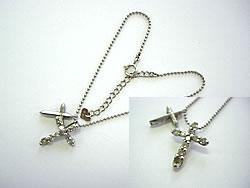 修理例:Ptブレスレットに、ダイヤクロス二個付き