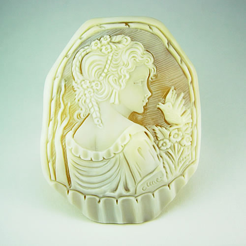 特大 シェルカメオ 手彫り 65×50mm ジュエリールース df573