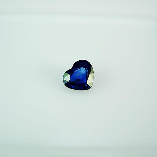 ブルーサファイア 0.40ct ジュエリールース dg210