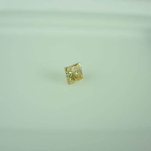 ダイヤ 0.116ct F.L.Y.B VS-2 プリンセスカット  ジュエリールース dg631 画像
