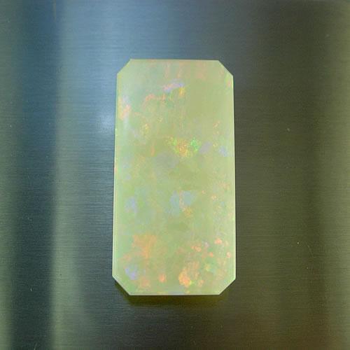 大粒オパール 9.50ct  角板 ジュエリールース dg646