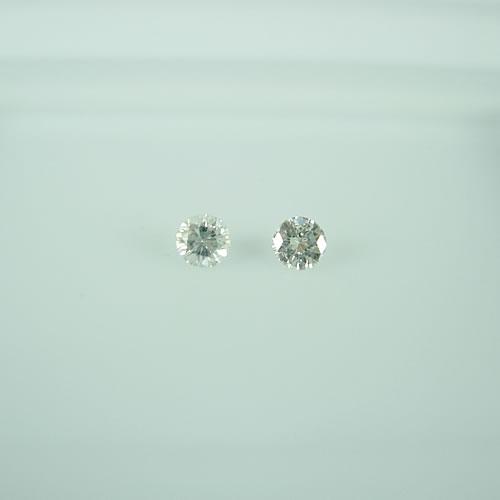 ダイヤモンド 0.15ctペア  ジュエリールース dg676