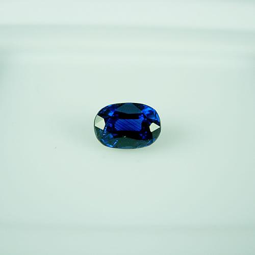 ブルーサファイア 0.85ct ジュエリールース dg760