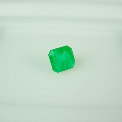 コロンビア産エメラルド 0.76ct ジュエリールース dt425 画像