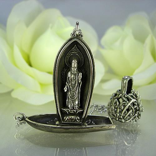 銀製(古美) 菩薩 携帯仏壇