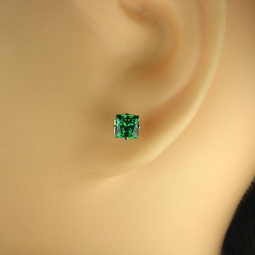 <font color=#ff4500>〔送料無料〕</font>MARE(マーレ)SWAROVSKI  Green 4×4mm ピアスジュエリー ma075 画像