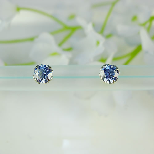 <font color=#ff4500>〔送料無料〕</font> MARE(マーレ) SWAROVSKI Aquamarine  4×4mm ピアス mt100