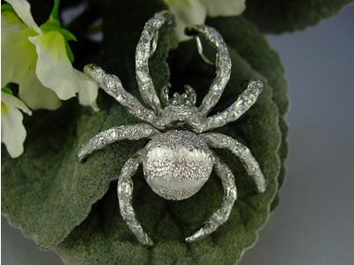 シルバー925 黄金蜘蛛(コガネグモ)01 タイタック・ペンダントジュエリー