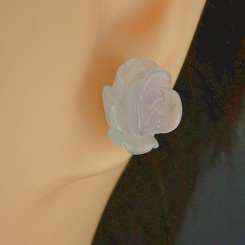 ラビアンローズ バラ彫り k18ブルーカルセドニー ピアスジュエリー va727 画像