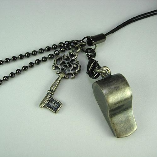 シルバーホイッスル(Whistle Charm)ストラップ zp110 画像