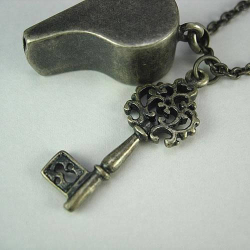 シルバーホイッスル(Whistle Charm)ペンダント zp117 画像
